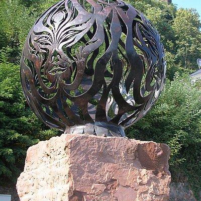 """Foto: Die vier Elemente - Skulptur """"Feuer"""""""
