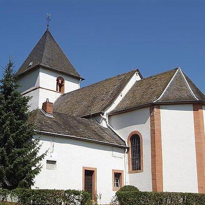 Foto: Rehlinger Kirche Fisch (1)