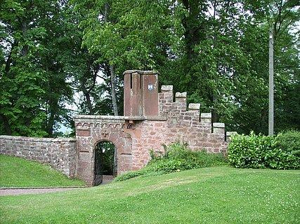 Eingang Klause Kastel-Staadt