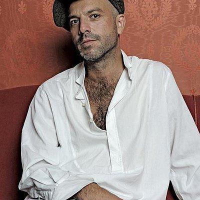 Foto: Jan Plewka singt Rio Reiser