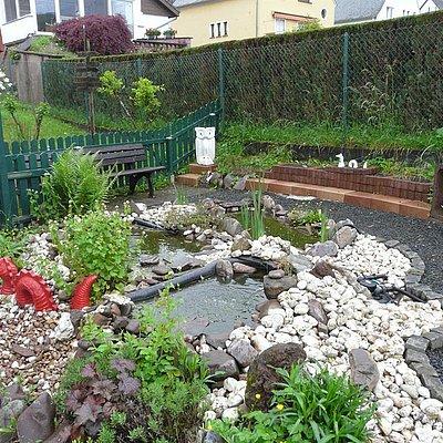 Foto: Garten mit Teich
