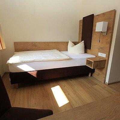 Foto: Einzelzimmer Standard (2)