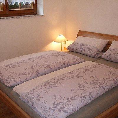 Foto: Ferienwohnung 2 - Schlafzimmer