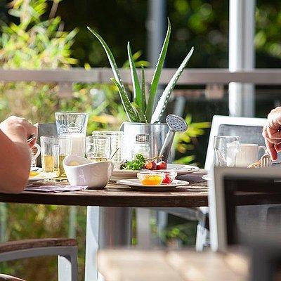 Foto: Frühstück auf Terrasse