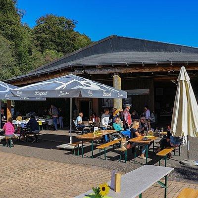 Foto: Mannebacher Käsemarkt (02)