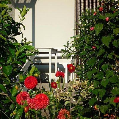 Foto: Sitzplatz auf dem Balkon
