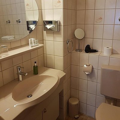 Foto: Familienzimmer Komfort Hofseite (7)