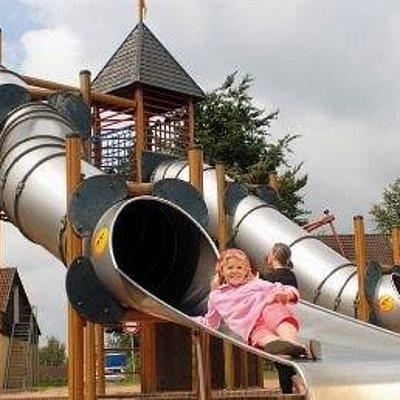 Foto: Kinderspielplatz Warsberg