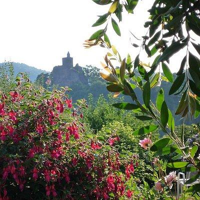 Foto: Burgblick von der Terrasse