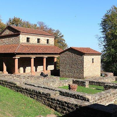 Foto: Tempelanlage Tawern (3)