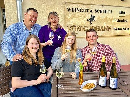 Weingut König Johann Konz-Filzen (1)