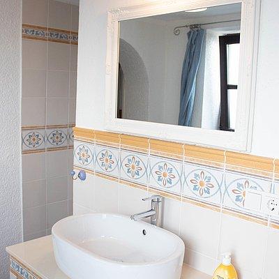 Foto: untere FeWo - 1. Badezimmer