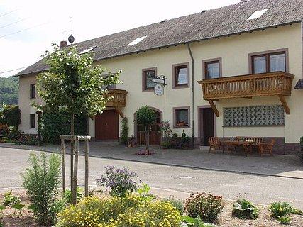 Weingut Lorenz Oberemmel (1)