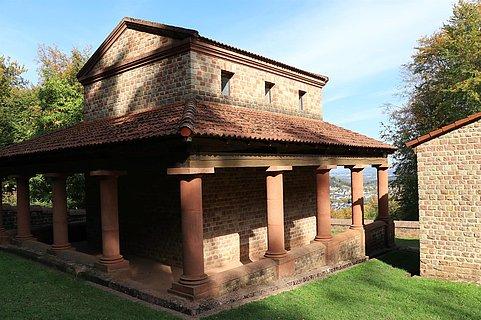 Tempelanlage Tawern (1)