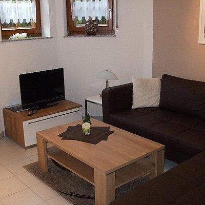 Foto: Ferienwohnung 2 - Wohnzimmer