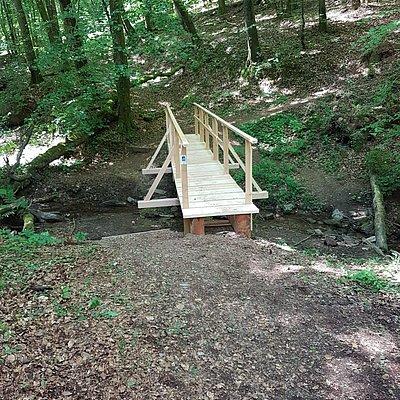 Foto: Pinschbachbrücke Kastel-Staadt