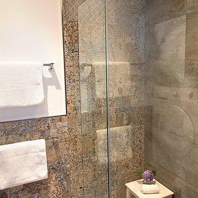 Foto: Badezimmer mit Dusche