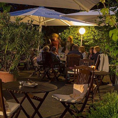 Foto: WEINgarten in Abendstimmung