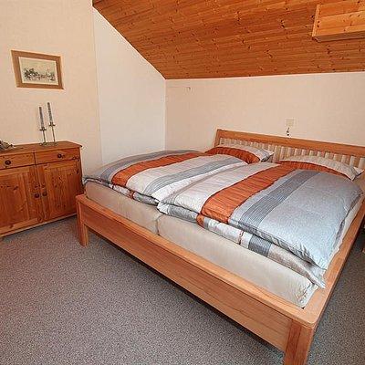 Foto: Ferienwohnung oben Schlafzimmer 1