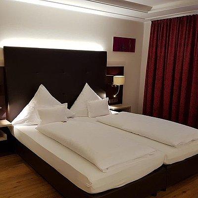 Foto: Doppelzimmer Komfort Hofseite (1)