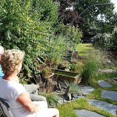 Foto: Relaxen am Brunnen