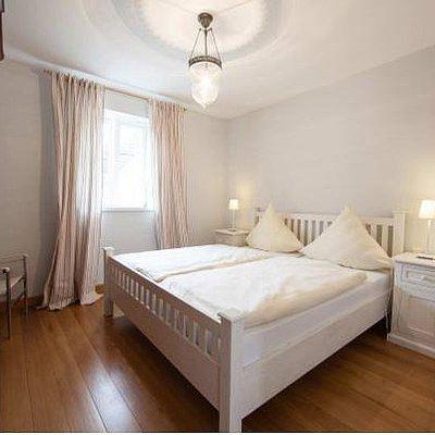 Foto: Schlafzimmer rechts Ferienwohnung Moselblick