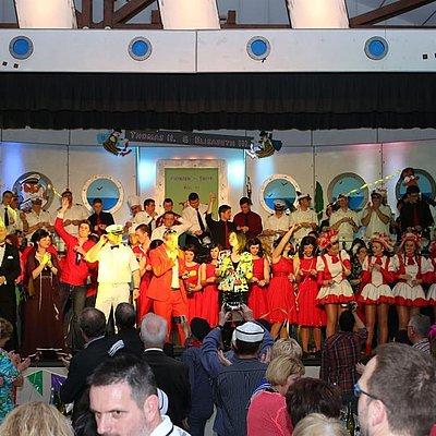 Foto: KG Närrisches Saarschiff (2)