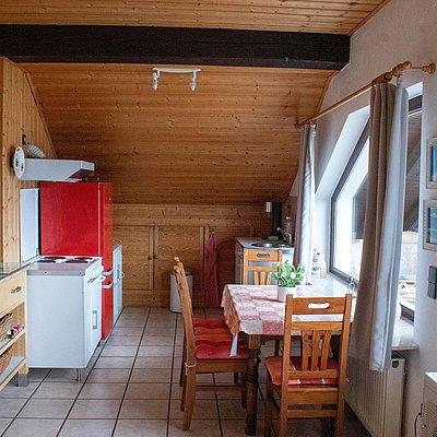 Foto: obere FeWo - Küche mit Sitzecke