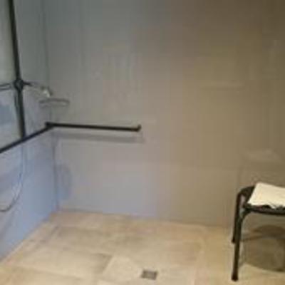 Foto: Duschbereich Faß 19 im Gästehaus
