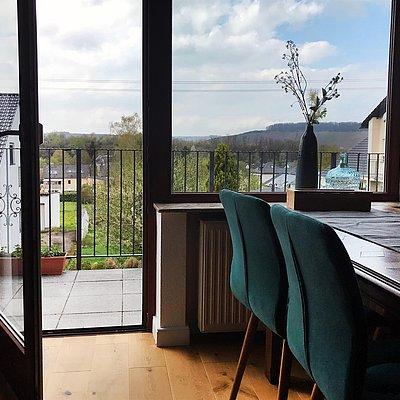 Foto: Balkon mit Weitblick