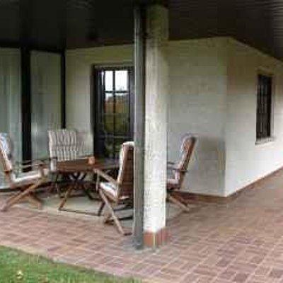 Foto: Terrasse mit Sitzecke