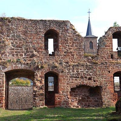 Foto: Burganlage Freudenburg (3)