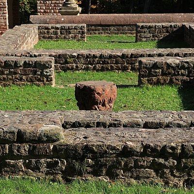 Foto: Tempelanlage Tawern (4)